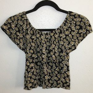 Forever 21 Off The Shoulder Daisy Pattern Crop Top